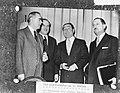 Cyprusconferentie tussen Griekenland en Turkije in Zurich v.l.n.r. premier Karam, Bestanddeelnr 910-1498.jpg