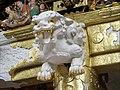 Décor de la porte Yomei-mon du sanctuaire shinto Toshogu de Nikko (Japon) (42524388074).jpg