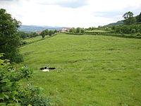 DSC02198 Brandon (Saône-et-Loire, Fr) paysage avec vue sur Les Cours.JPG