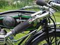 D Rad 1925 R2004 5 manettes.jpg