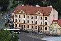Domažlice, Blick vom Stadtturm zu den Häusern Dukelská 59 und 66.JPG