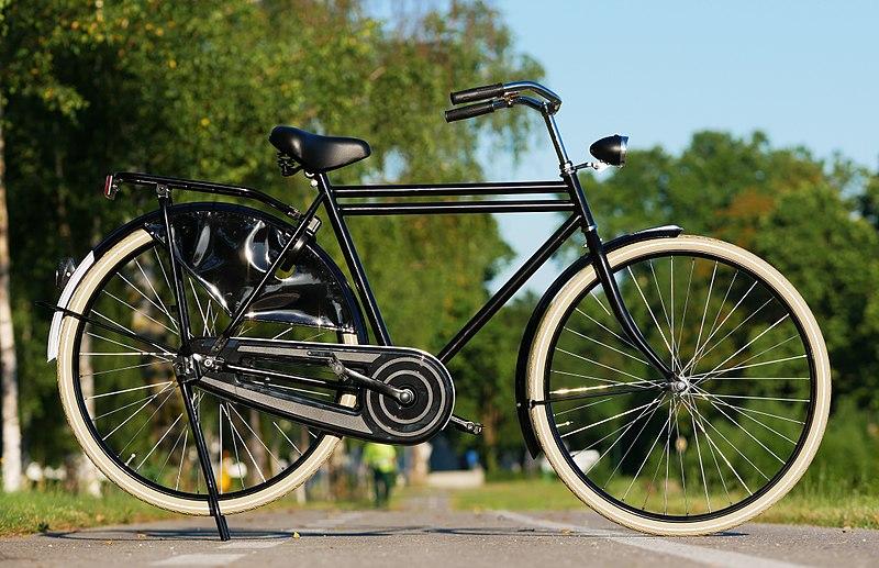File:Dutch bicycle.jpg