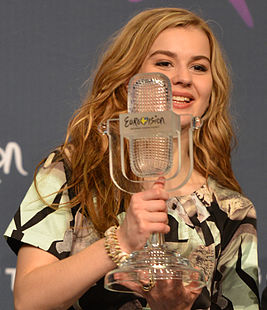 ESC2013 winner's press conference 03 (crop).jpg
