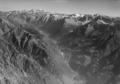 ETH-BIB-Val Bregaglia, Blick nach Osten auf Bernina-LBS H1-018025.tif