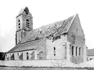 Augers-en-Brie - The ruined church in Augers-en-Brie around 1919