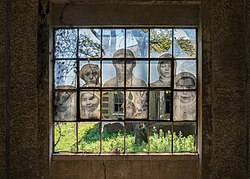 Ellis Island hospital window mural (01897).jpg