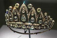 Empress Josephine Tiara at HMNS.jpg