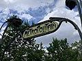 Entrée Station Métro Ménilmontant Paris 4.jpg