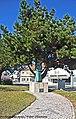 Estátua em Homenagem ao Padre Franklin Henriques da Cunha - Pataias - Portugal (9163266696).jpg