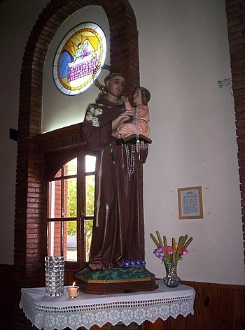 Estatua de San Antonio de Padua%2C Media Agua%2C provincia de San Juan%2C Argentina