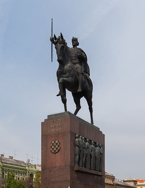 File:Estatua de Tomislav de Croacia, Zagreb, Croacia, 2014-04-13, DD 02.JPG