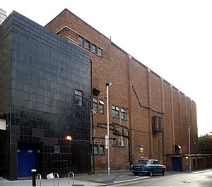 Everyman Cinema, Muswell Hill - Image: Everyman Theatre, Muswell Hill (formerly The Odeon) 03