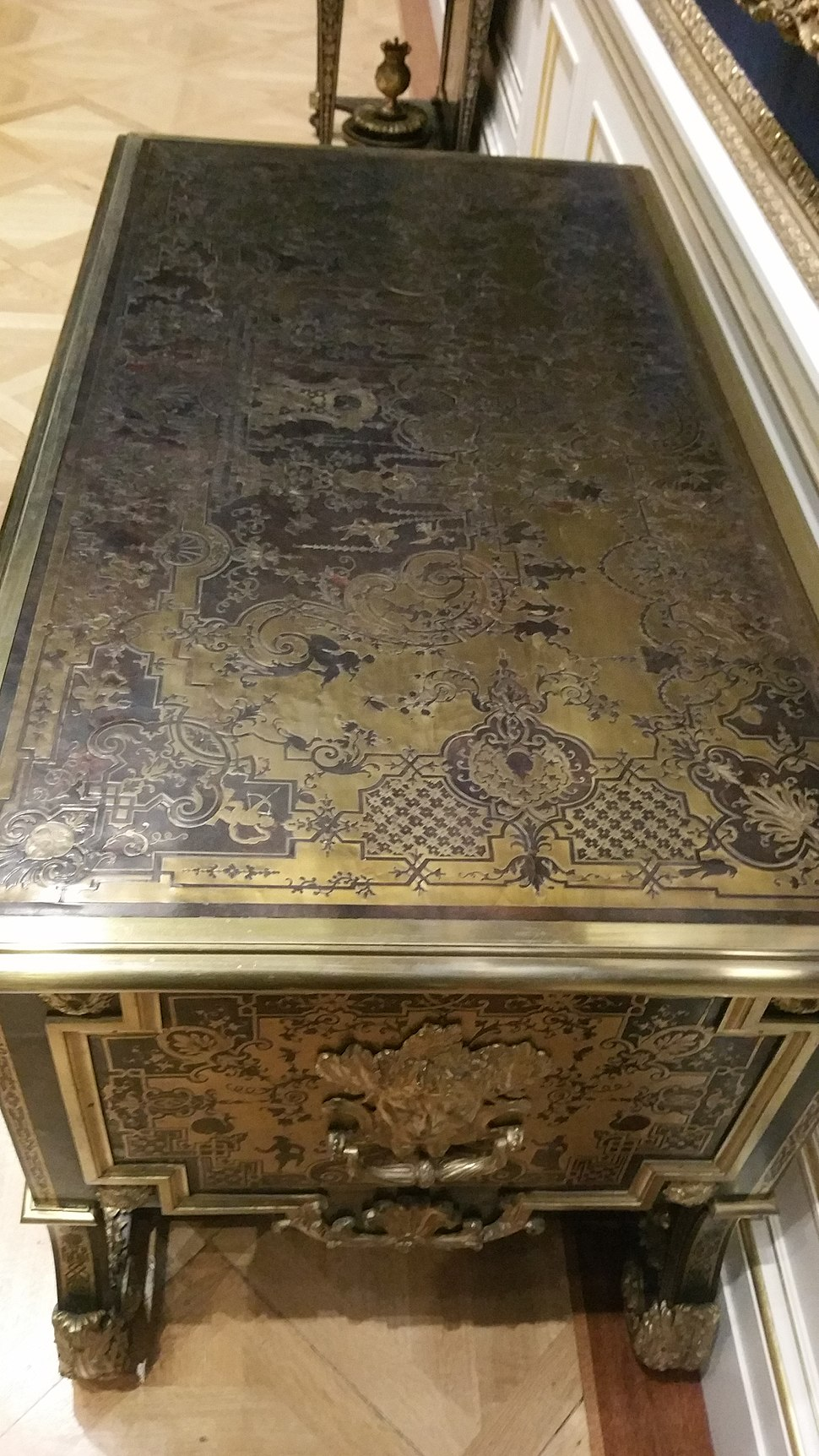 Example of Boulle Marquetry from the Wallace Collection in London 9