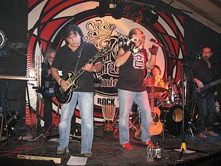 Frágil Peruvian rock band