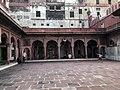 Fatehpuri Masjid in Delhi 14.jpg