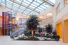 Die Filderklinik 220px-Filderklinik-Foyer