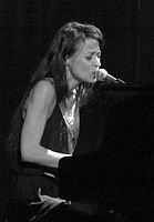 Fiona Apple Oct 2012.jpg