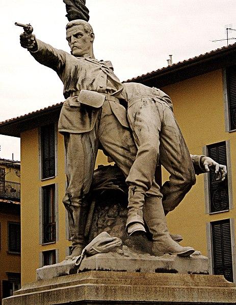 File:Firenze-statua11.jpg