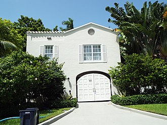 Al Capone - The entrance of Al Capone's mansion in Miami, Florida, located in 93 Palm Avenue. Capone bought the estate in 1927 and lived there until his death in 1947.