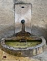 Fontaine Le Bacha Montée de la Paroche.jpg