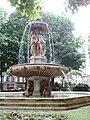 Fontaine Louvois, 2010-06-12 04.jpg