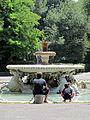 Fontana dei Cavalli Marini (15938703256).jpg