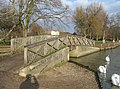 Footbridge by the Thames - geograph.org.uk - 795720.jpg
