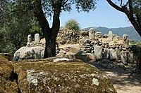 Fortificații la Filitosa.JPG