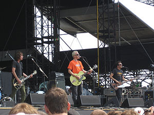 Fountains of Wayne - Fountains of Wayne performing in 2007