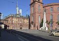 Frankfurt Paulsplatz mit Einheitsdenkmal.jpg