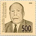 Frans Kaisiepo 1999 Indonesia stamp.jpg