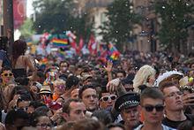 certains pays ont connu des défilés au moment où l homosexualité était encore un délit et considérée