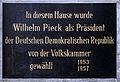 Gedenktafel Luisenstr 58 (Mitte) Wilhelm Pieck.jpg