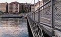 Geneve pont Machine 2011-09-09 08 17 13 PICT4484.JPG