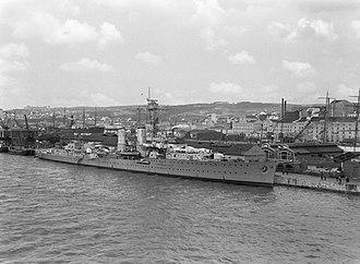 German cruiser Emden - Emden in Lisbon in 1935