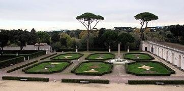 Giardini di villa medici, piazzale 05