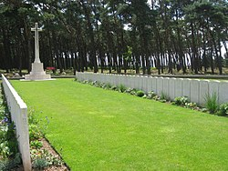 Givenchy Road Canadian Cemetery.jpg
