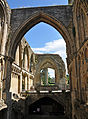 Glastonbury Abbey ruins 2.jpg