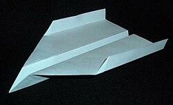 Kâğıt uçak örneği