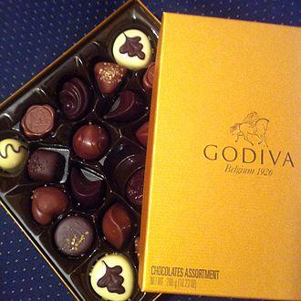 Godiva Chocolatier - Image: Godiva belgian chocolate golden box 24