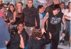 Joel na stretnutí s fanúšikmi v MTV v Mexiku