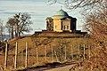 Grabkapelle auf dem Württemberg, Ostportal 05.jpg