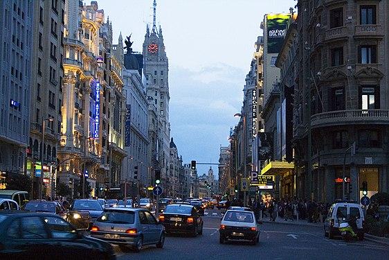 Gran Vía (Madrid) 04.jpg