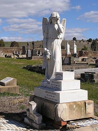 Frank Rusconi - Image: Gundagai cemetery Rusconi Angel