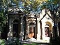 Hřbitov Malvazinky, hrobky (02).jpg