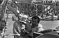 HKH Pr. Beatrix en Pr. Claus met Pr. Friso en Pr. Willem Alexander aan boord van, Bestanddeelnr 922-4956.jpg