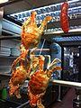 HK Sheung Wan Queen's Road West 尚興潮州飯店 Shung Hing Chiu Chow Restaurant shop window kitchen Feb-2014 Crabs.JPG