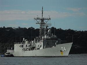 HMAS Darwin coming home May 2012 2.jpg