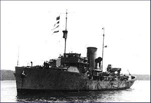 HMCS Baddeck (K147) - Image: HMCS Baddeck 1