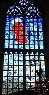 haarlem bavokerk grote markt- blauwe raam